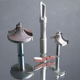 Fijación de puntas de carburo por inducción