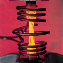 Ensayo de materiales con calentamiento por inducción